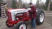 Steiner and Majic Paint Fitzgerald 841 Tractor Facelift