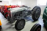 Early 1939 9N Ford Tractor Distinctions – Antique Tractor Blog